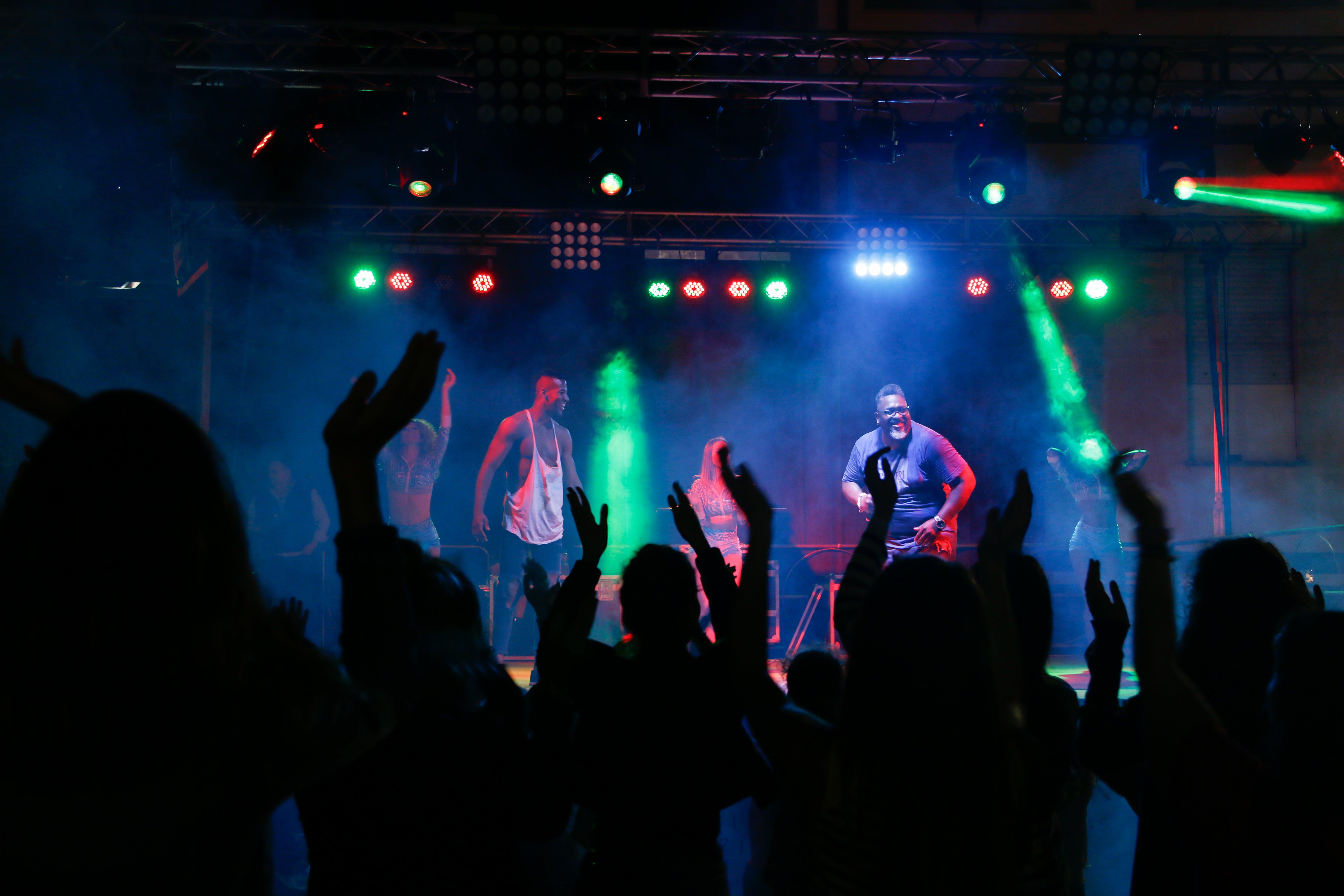Gratis lagerfoto af band, folk, koncert, menneskemængde