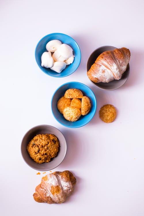 Ilmainen kuvapankkikuva tunnisteilla croissant, epicure, herkullista, kulhot