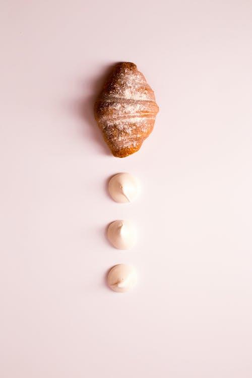croissant, cukrászsütemény, élelmiszer