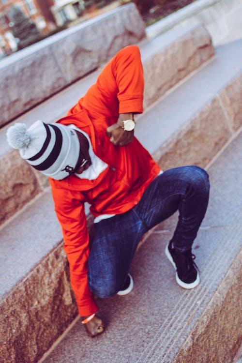 Ingyenes stockfotó dzseki, piros, póz, tánc témában