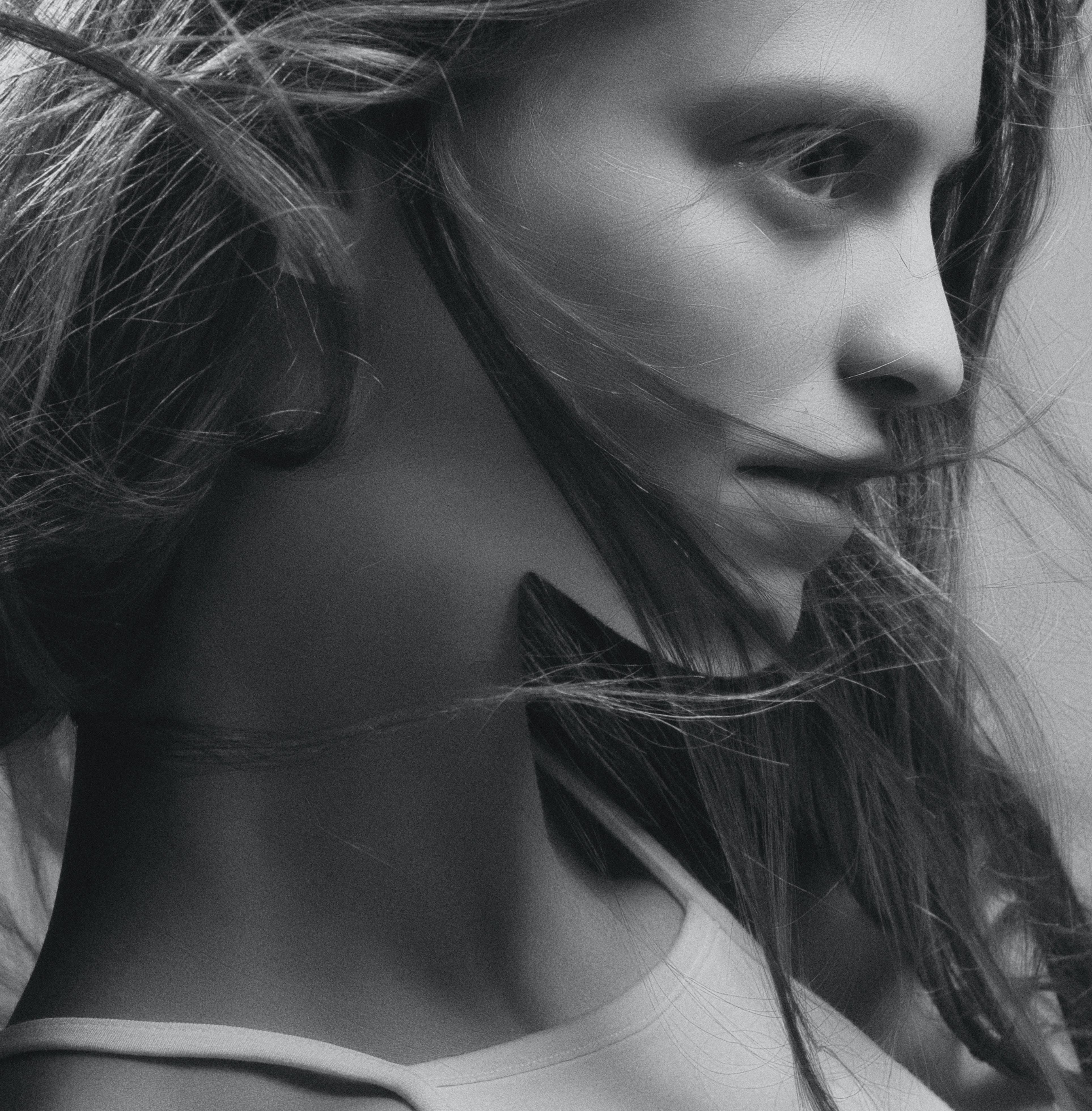 Free stock photo of black and white, girl, portrait, studio