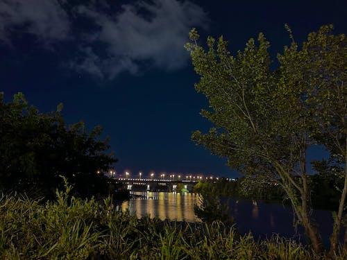Gratis stockfoto met brug, donker, nacht scene, nachtstad