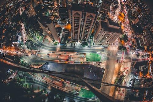 Gratis lagerfoto af aften, arkitektur, by, bygninger