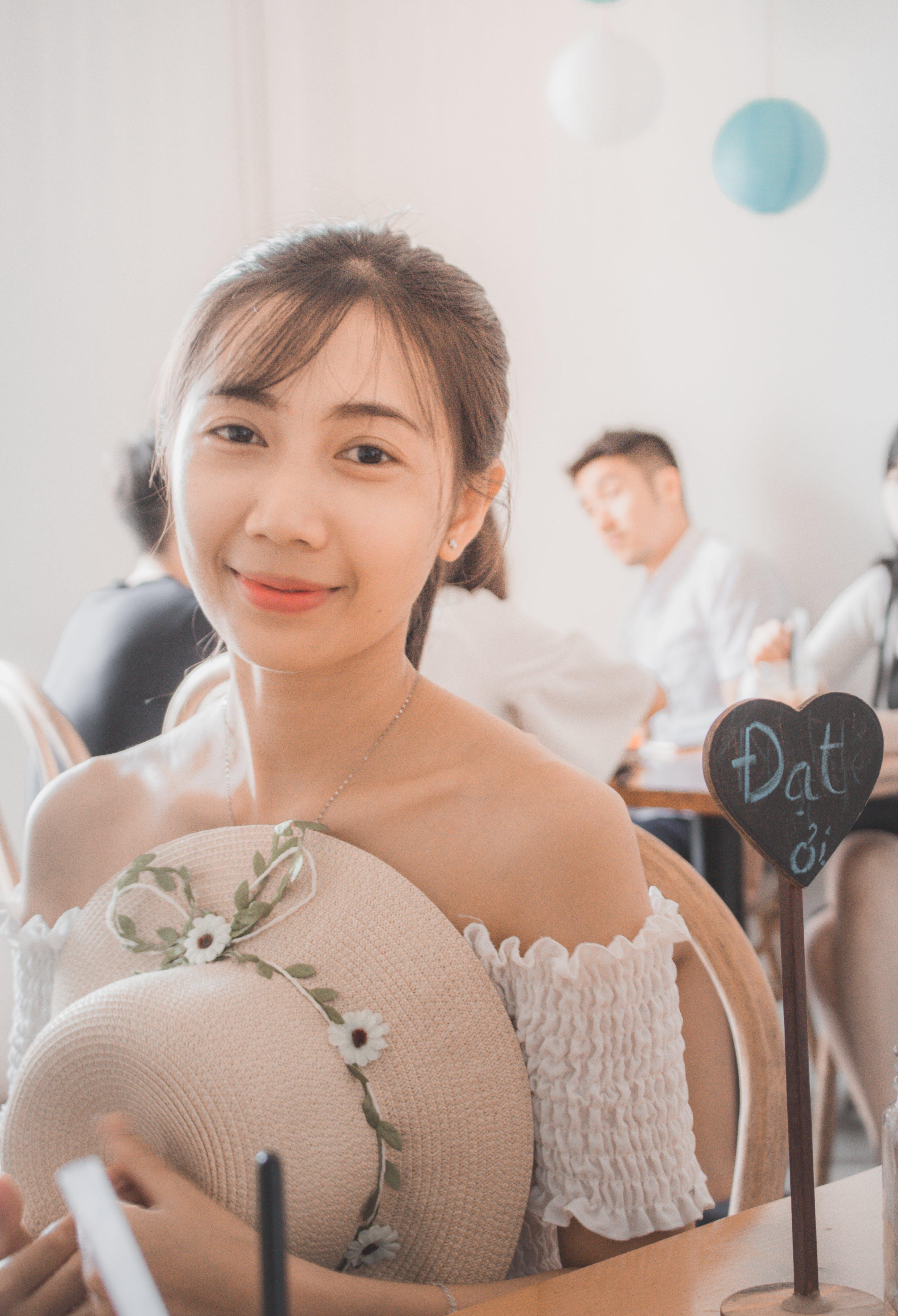 Gratis stockfoto met aantrekkelijk, aantrekkelijk mooi, Aziatisch meisje, Aziatische persoon