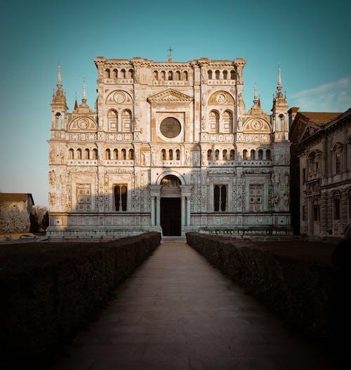 Бесплатное стоковое фото с архитектура, здание, кафедральный собор, церковь