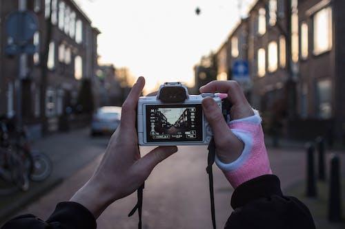 altın rengi Güneş, Güneş, kentsel, macera içeren Ücretsiz stok fotoğraf