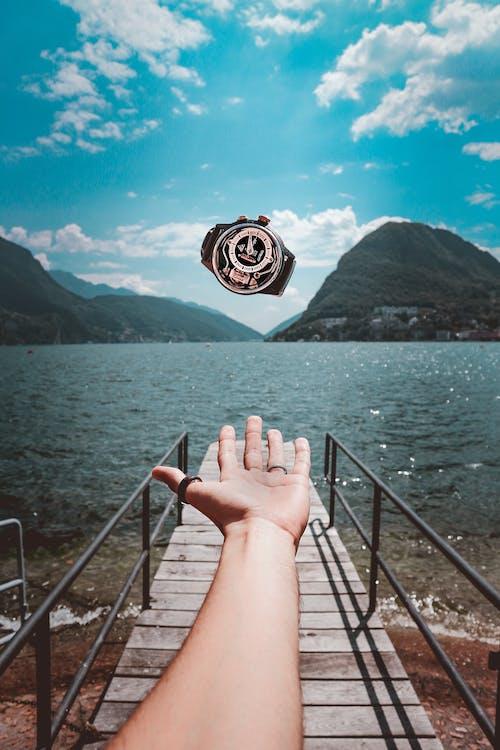 atmak, boş zaman, bulutlar, dağ içeren Ücretsiz stok fotoğraf