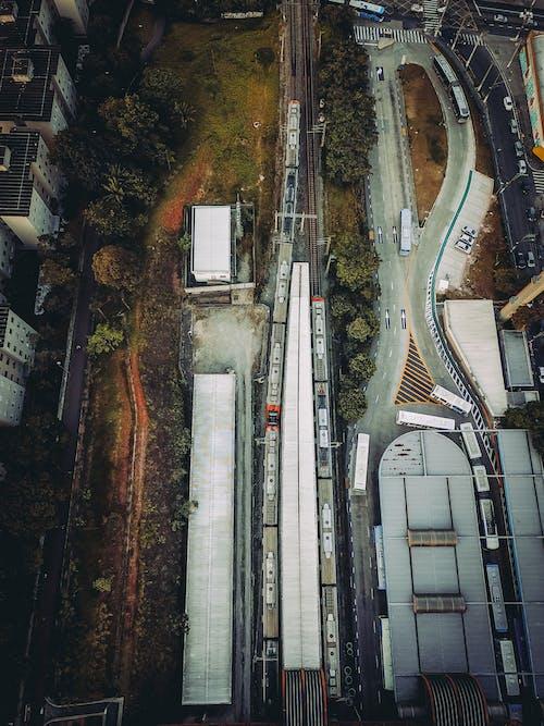 乗り物, 交通機関, 建物, 建築の無料の写真素材