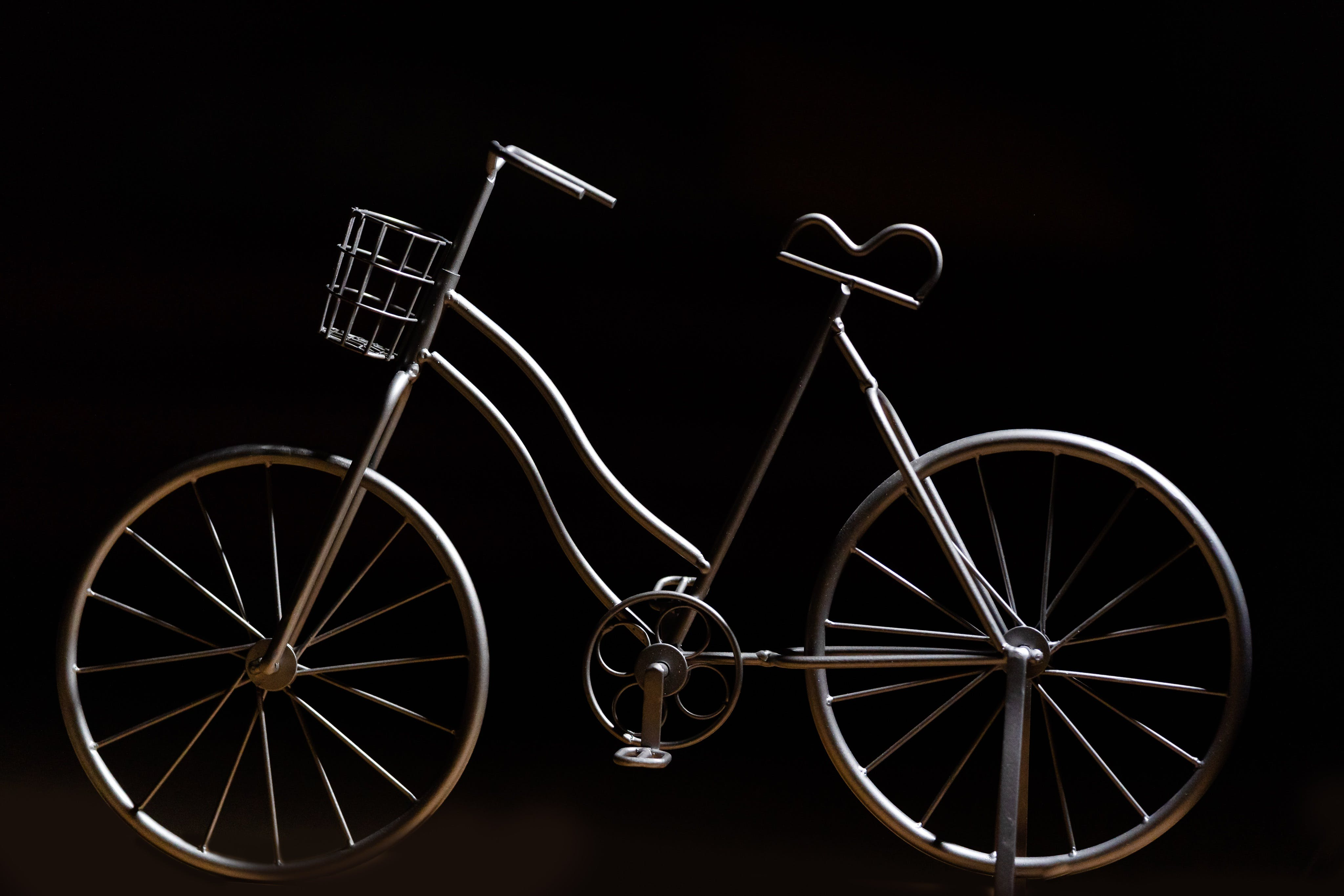 Základová fotografie zdarma na téma dekor, jízda na kole, lehký, socha
