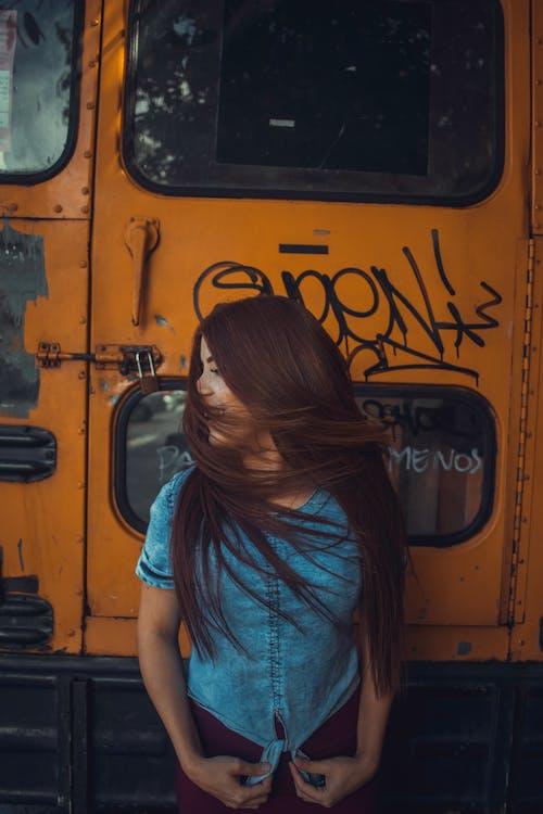 Základová fotografie zdarma na téma atraktivní, dáma, dlouhé vlasy, dospělý