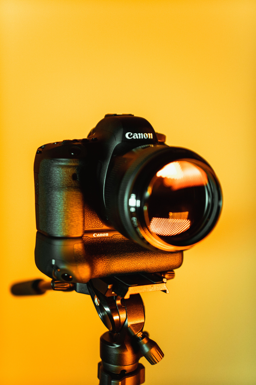 Kostenloses Stock Foto zu ausrüstung, canon, dslr, dslr-kamera