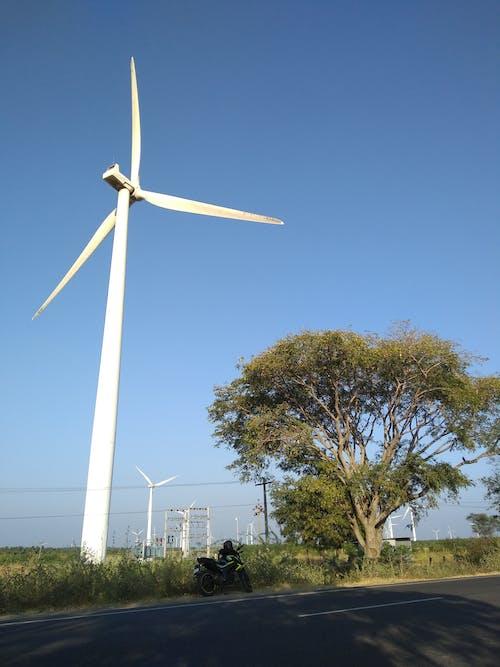 Gratis stockfoto met elektriciteit, tocht, windenergie, windmolen