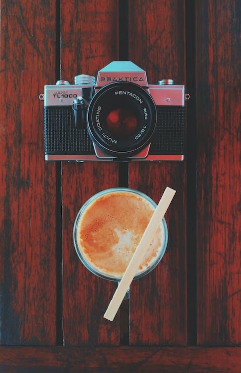 fotoaparát, káva, klasika