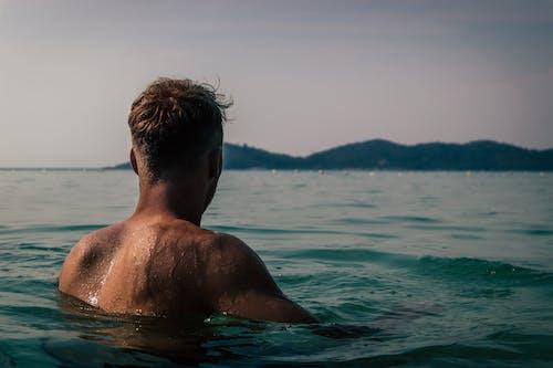 Безкоштовне стокове фото на тему «вода, дозвілля, людина, мокрий»