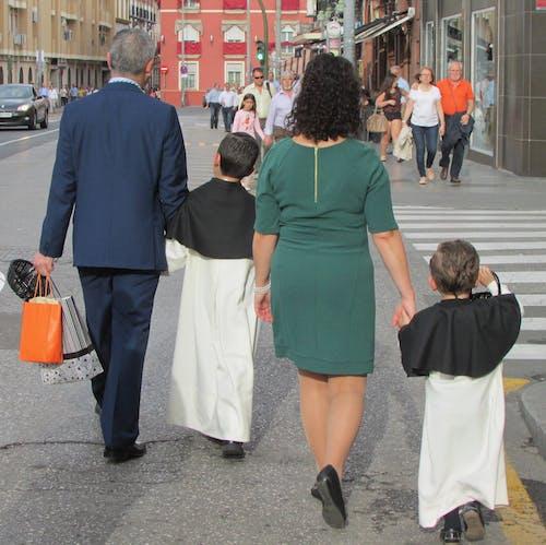 Ingyenes stockfotó család, fesztivál, Sevilla témában