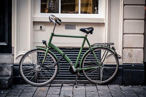 Foto d'estoc gratuïta de 35 mm, amsterdam, bici, bici verd