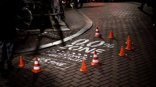 Foto d'estoc gratuïta de 35 mm, amsterdam, carrer, con de tràfic