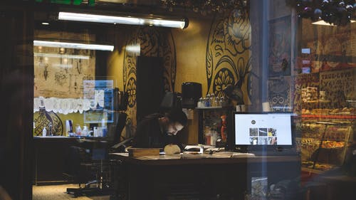 Foto d'estoc gratuïta de 35 mm, amsterdam, artista tatuador, botiga de tatuatges