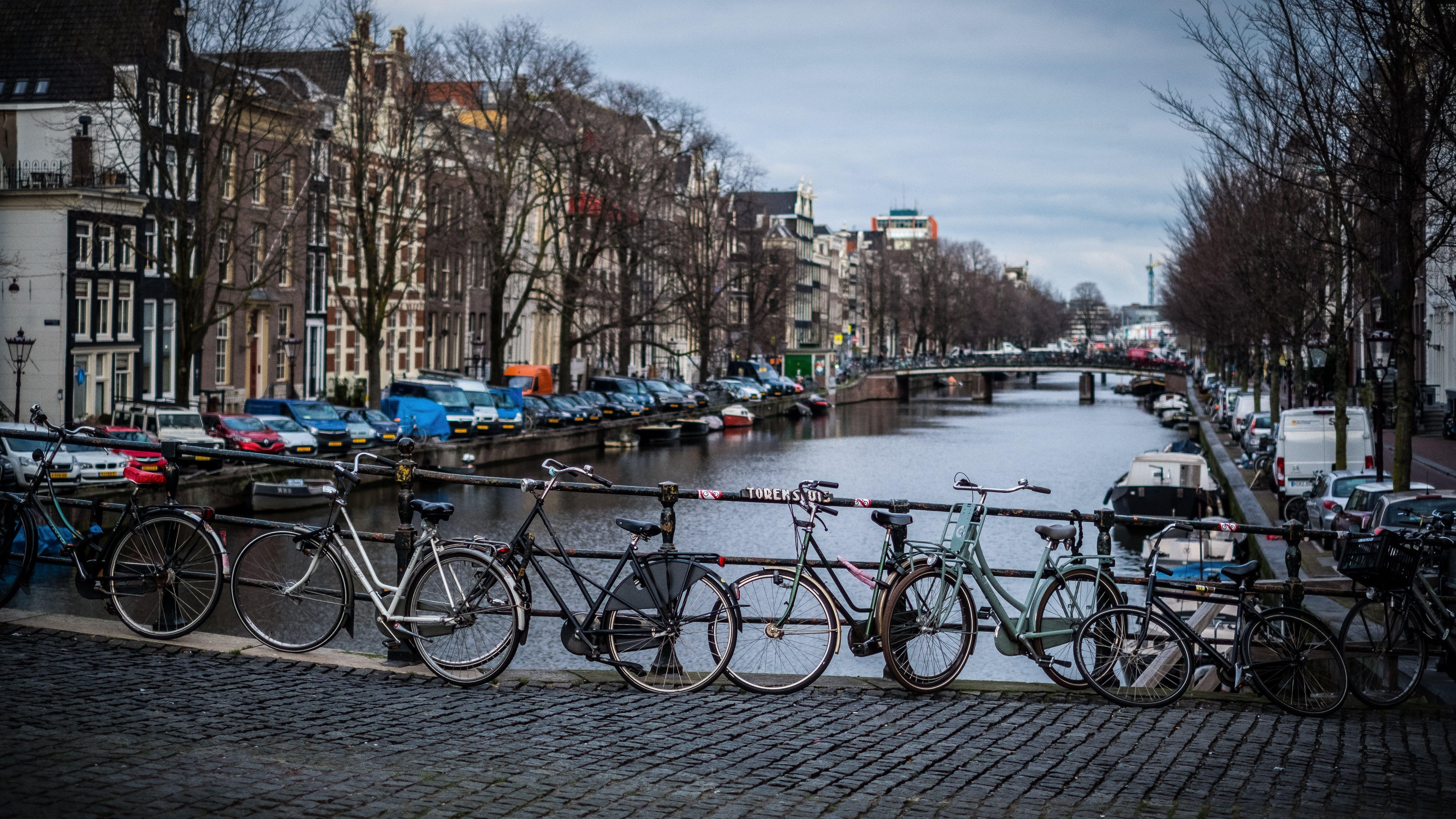 Fotos de stock gratuitas de 35 mm, amsterdam, bicicletas, calle