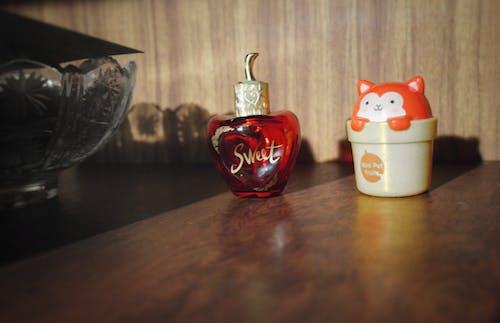 Ilmainen kuvapankkikuva tunnisteilla kissa, kissanpentu, kisu, punainen