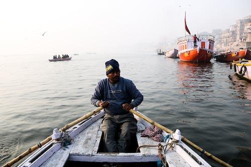 Kostnadsfri bild av banaras, båt, båtar, båtkarl