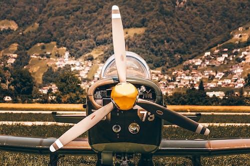 Immagine gratuita di aereo, aeroplano, aeroporto, aviazione