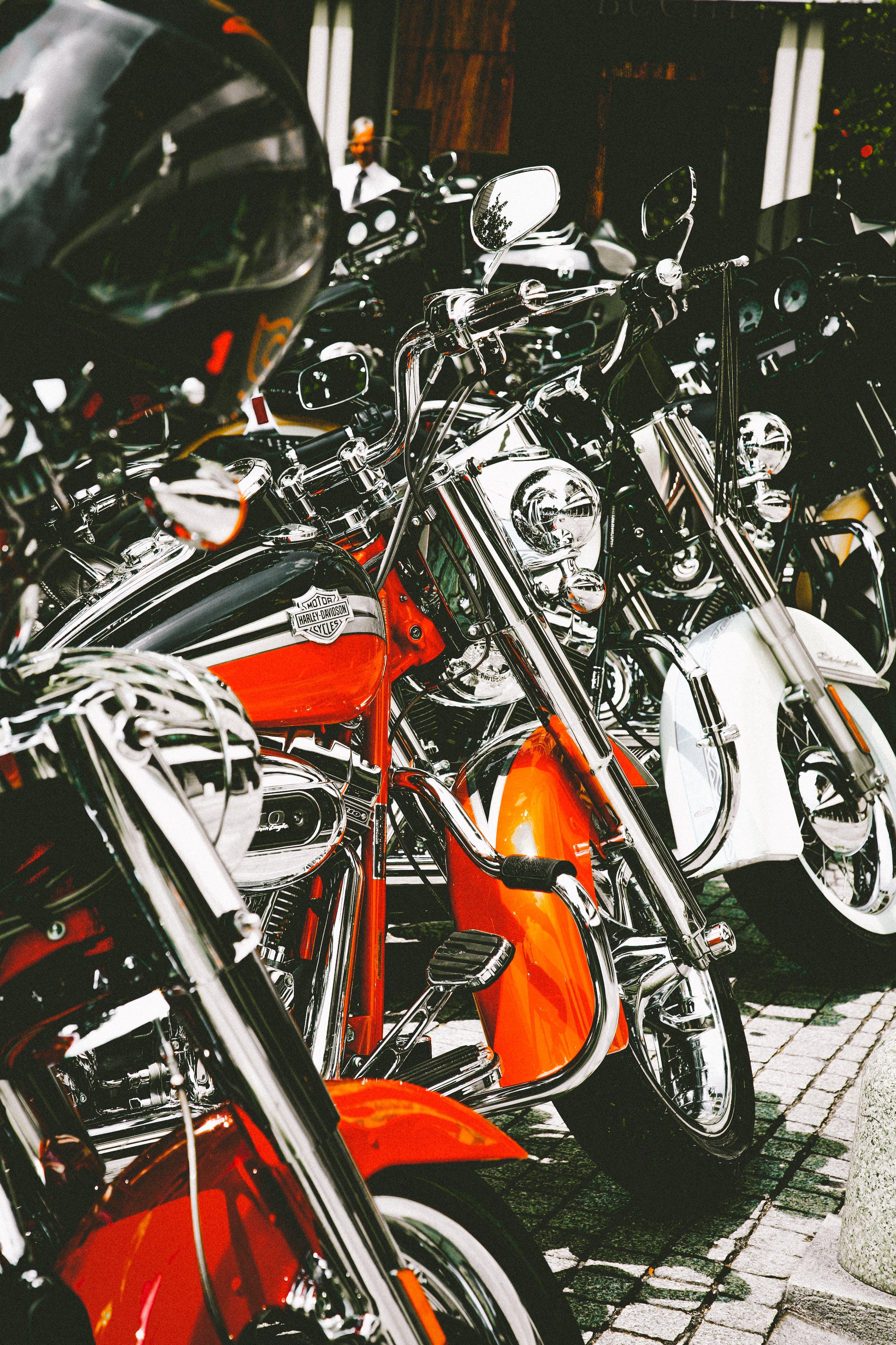 Δωρεάν στοκ φωτογραφιών με ιππεύω, μοτοσικλέτες, οχήματα, σύστημα μεταφοράς