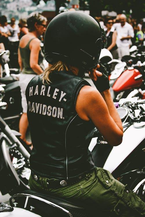 Δωρεάν στοκ φωτογραφιών με harley davidson, lifestyle, ακριβός, αναβάτης