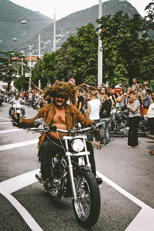 aglomerație, asfalt, călăreți