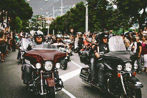 Fotobanka sbezplatnými fotkami na tému asfalt, chopper, chróm, cyklisti