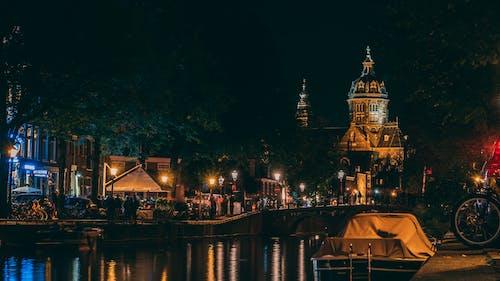 Gratis stockfoto met 's nachts, architectuur, attractie, avond