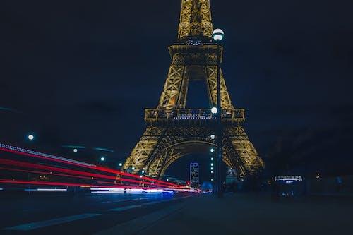 Foto d'estoc gratuïta de arquitectura, carrer, carretera, deixants de llum