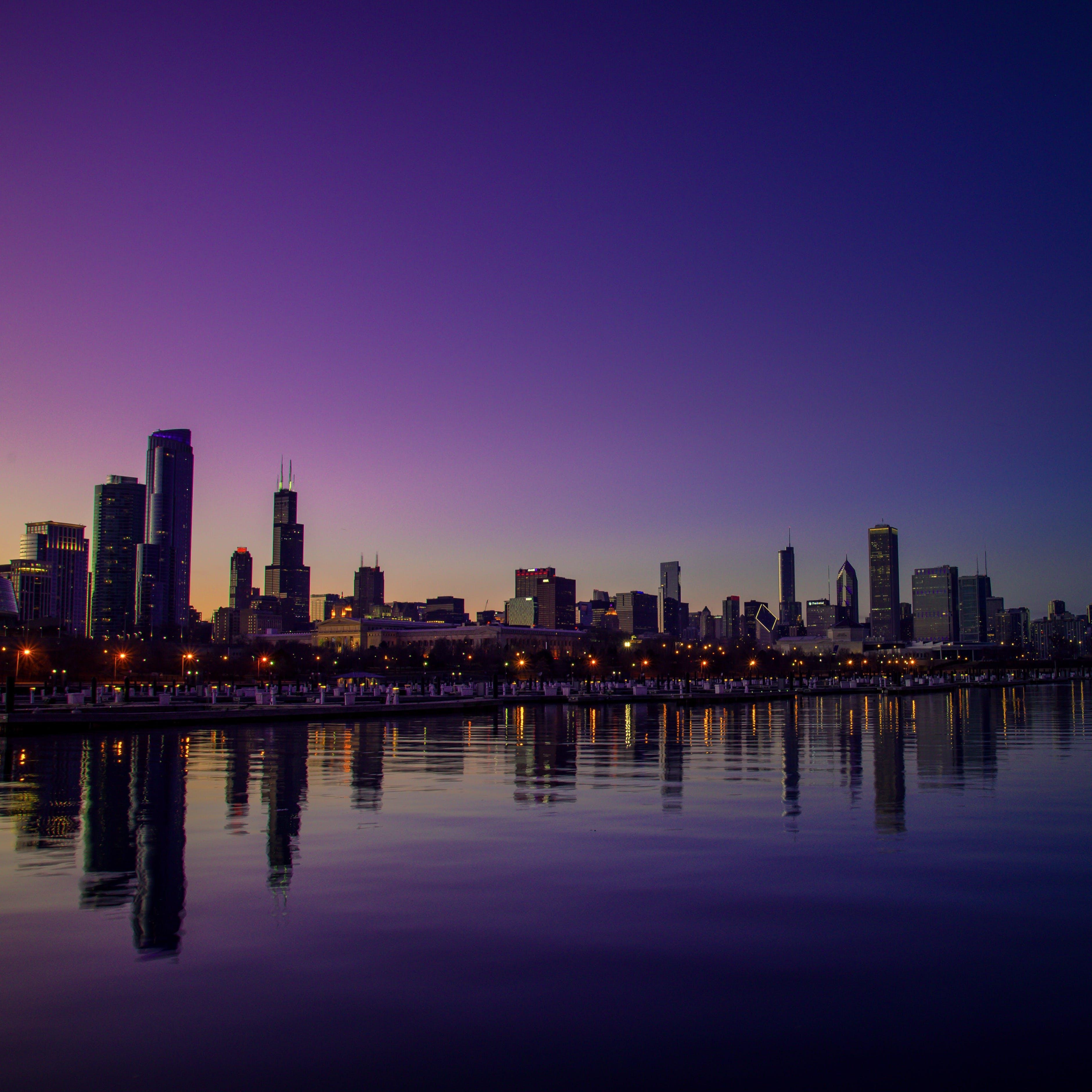 akşam, binalar, gökdelenler, gökyüzü içeren Ücretsiz stok fotoğraf