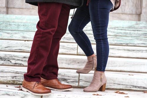 Безкоштовне стокове фото на тему «кроки, мода, пара»