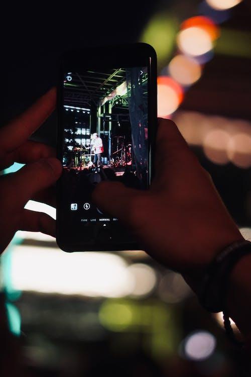 Gratis lagerfoto af iPhone, koncert, levende, levende musik