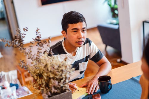 Darmowe zdjęcie z galerii z azjata, biuro, biznesmen, dyskusja