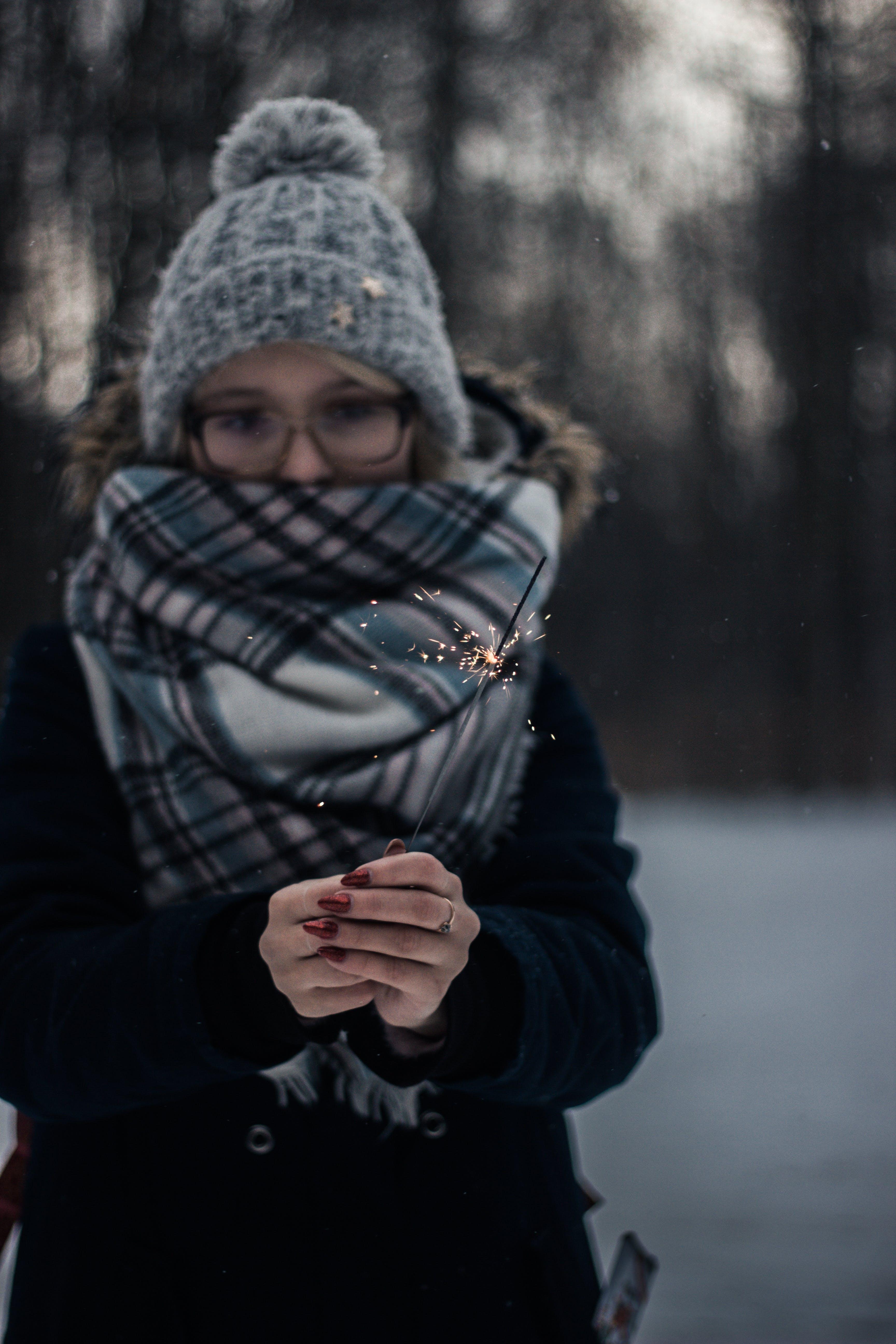 Δωρεάν στοκ φωτογραφιών με άνθρωπος, αστράκι, γυναίκα, κρύο