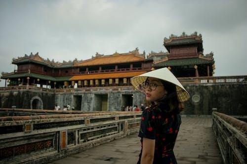 叶帽子, 城堡, 女人, 歷史 的 免费素材照片