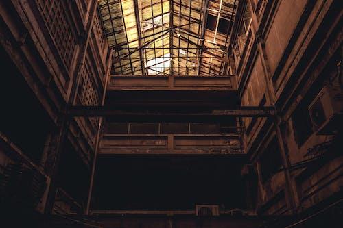 Безкоштовне стокове фото на тему «архітектура, Будівля, жаб'яча перспектива, моторошний»