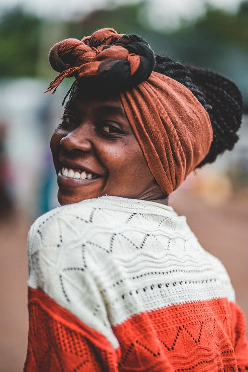 Безкоштовне стокове фото на тему «афро-американська жінка, великий план, вираз обличчя, вродлива»