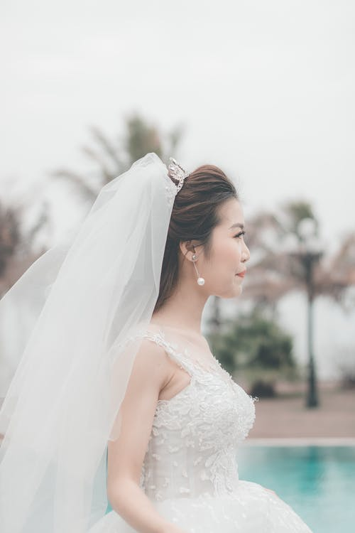 Bride wearing a white Wedding Gown