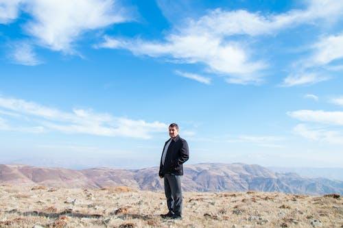 Photos gratuites de ciel, ciel bleu, ciel dégagé, montagne