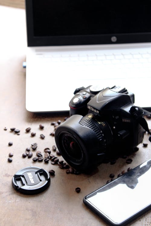 4k wallpaper, analog camera, black and white