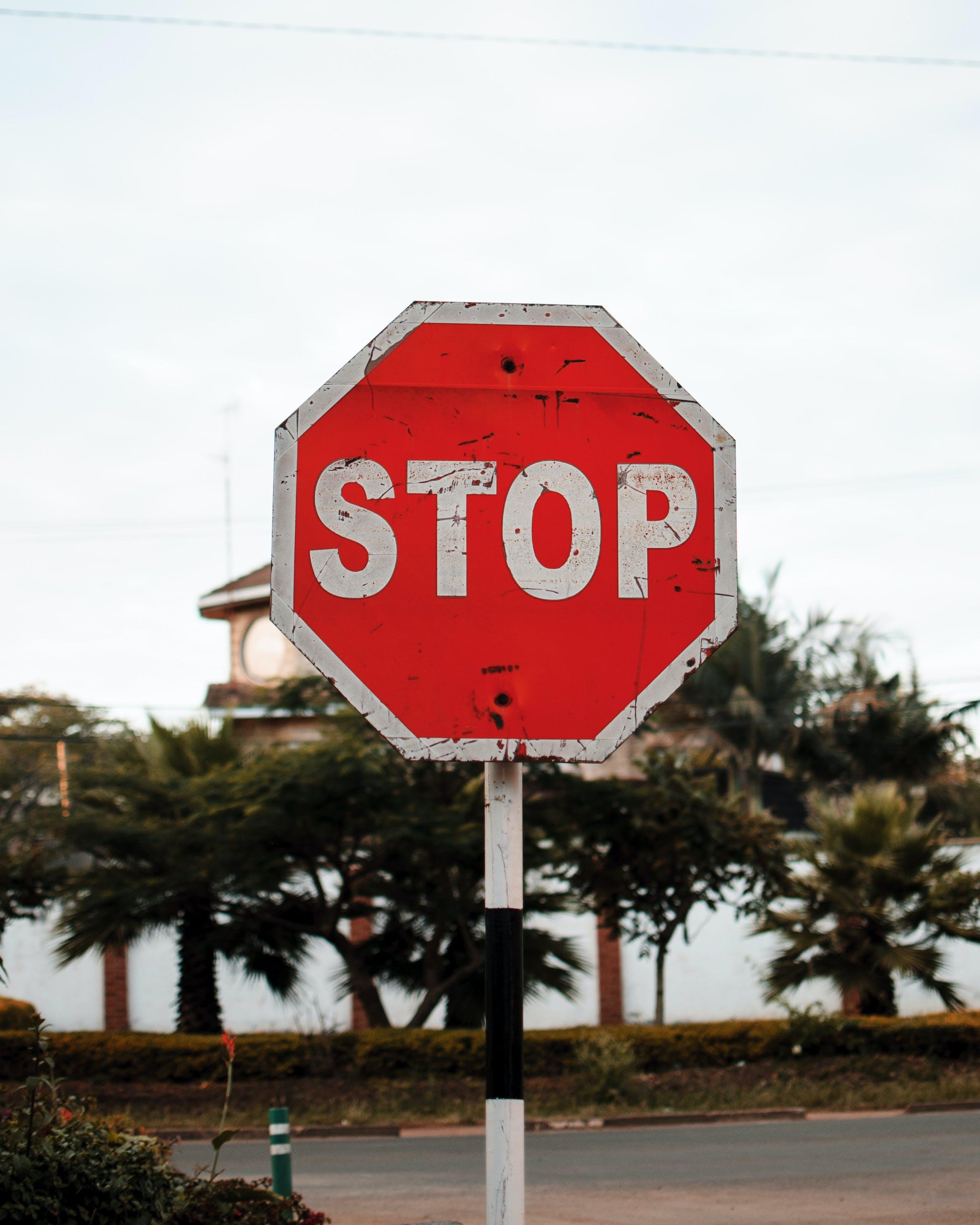 advertència, aturar, avís