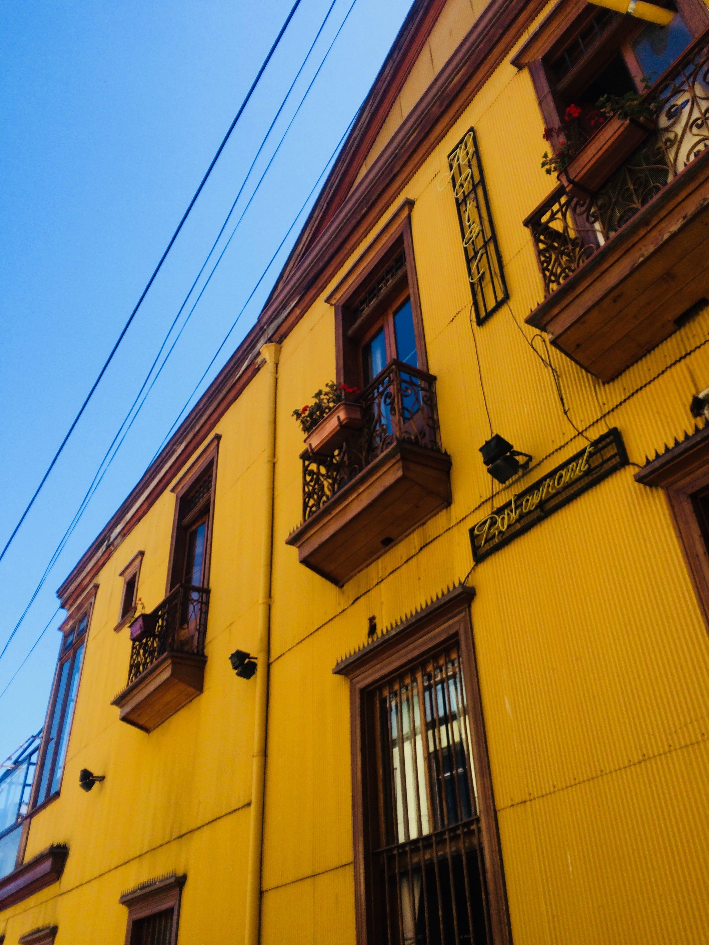 Darmowe zdjęcie z galerii z architektura, budynek, budynek od zewnątrz, dzień