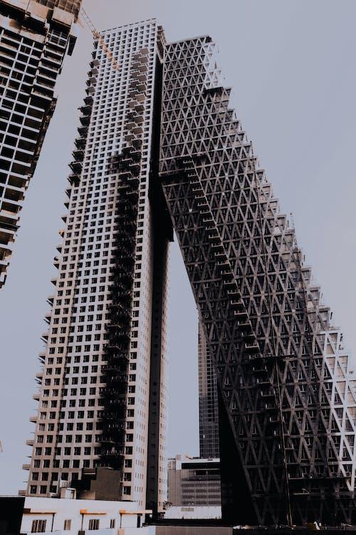 Darmowe zdjęcie z galerii z architektura, budynek, konstruowanie, miasto