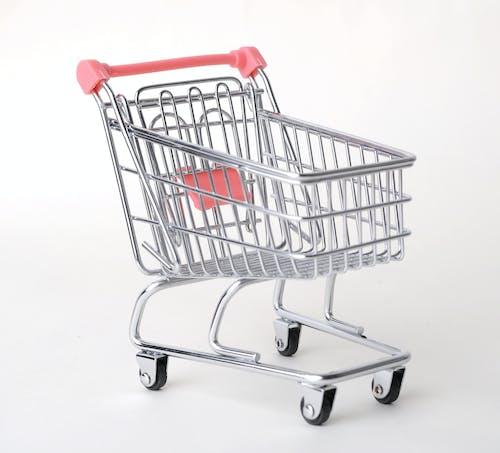 alışveriş arabası, araba, arka fon, beyaz içeren Ücretsiz stok fotoğraf