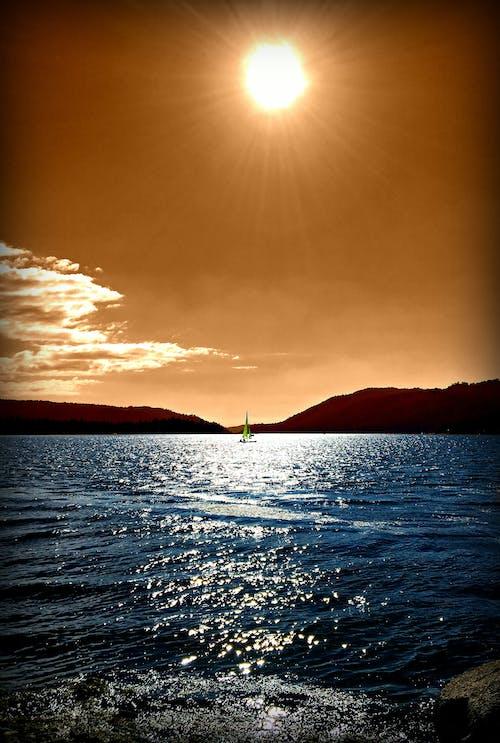 Immagine gratuita di barca a vela, sole