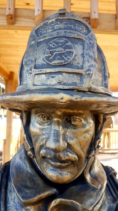 คลังภาพถ่ายฟรี ของ #statue #fireman