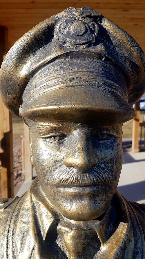 คลังภาพถ่ายฟรี ของ #statue #policeman